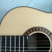 Dit is een nylonsnarige gitaar